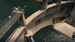 Mutige Sprünge vom Staudamm